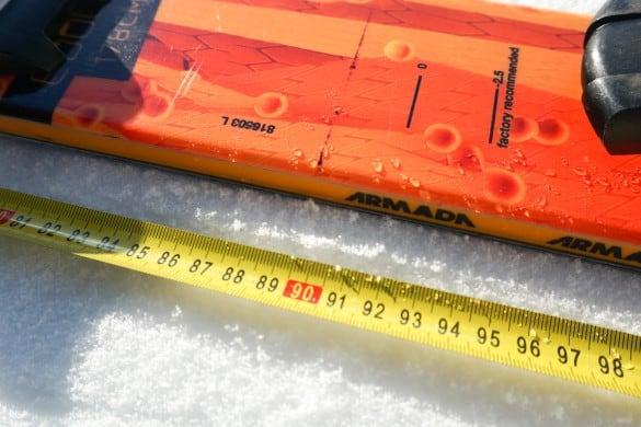 Kam vrtat vázání na freestylové lyže
